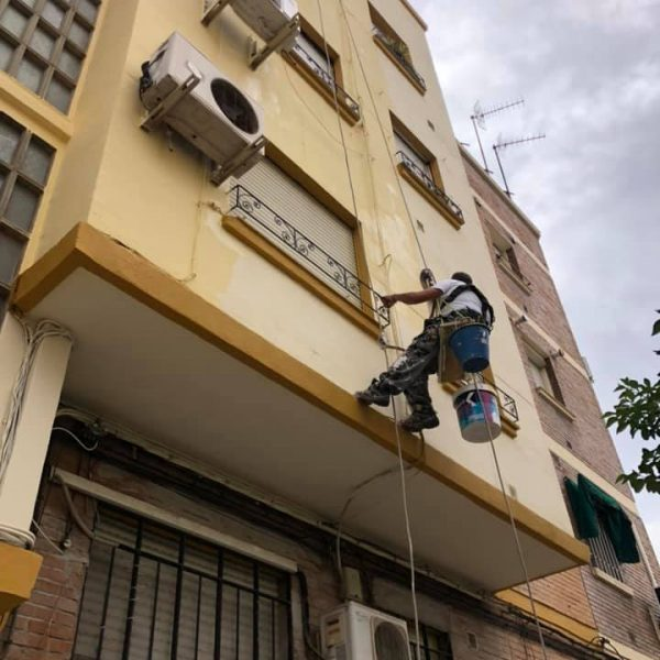 rehabilitacion_edifio_vecinos_sevilla_1